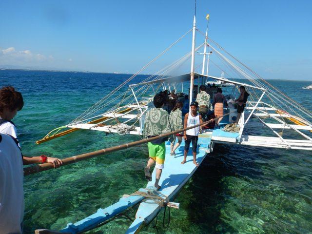 ヒルトゥンガン島 バンカーボート