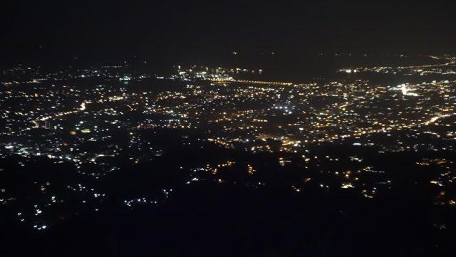 ラハグ(LAHUG)トップス(TOPS)夜景