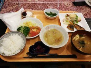 朝食 ロコイン松山